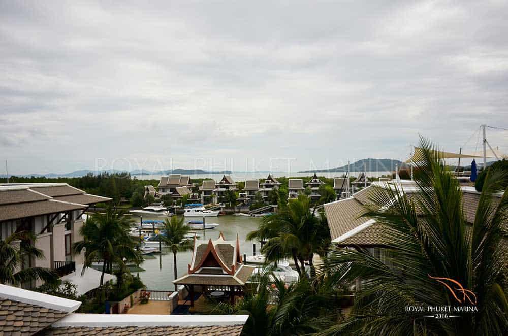Waterfront marina apartment Phuket